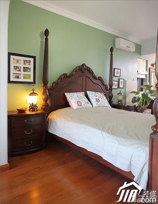 三米设计混搭风格别墅绿色富裕型卧室照片墙床效果图