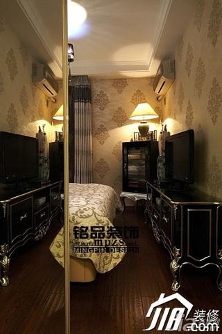 简约风格三居室豪华型卧室窗帘效果图