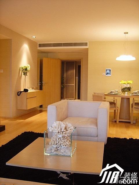 简约风格二居室温馨米色富裕型客厅茶几图片