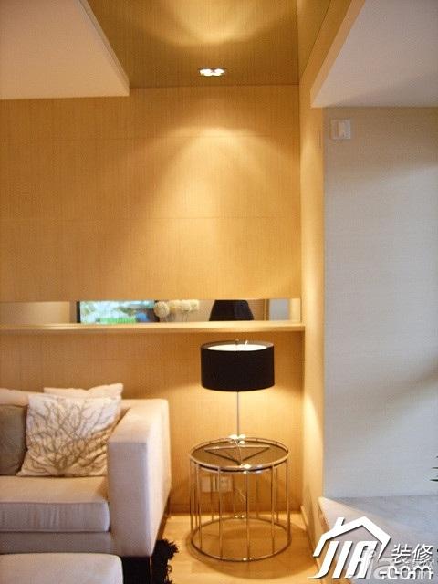 简约风格二居室温馨米色富裕型客厅灯具效果图