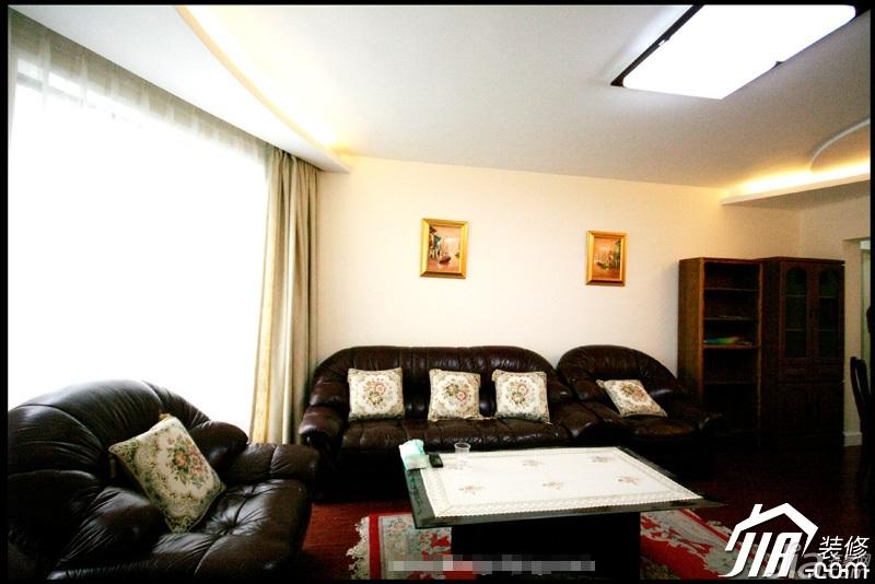 简约风格三居室简洁3万-5万客厅沙发图片