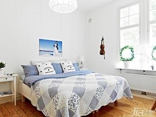 北欧风格公寓经济型50平米卧室飘窗床效果图