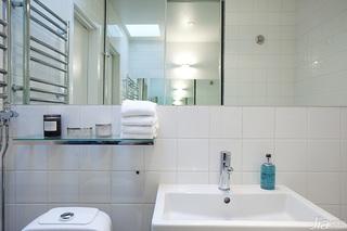 宜家风格公寓白色经济型卫生间装潢