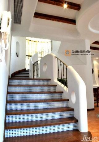混搭风格跃层富裕型楼梯装修效果图