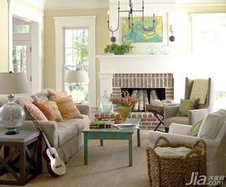 温馨客厅沙发效果图
