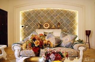 美式风格别墅沙发背景墙沙发效果图