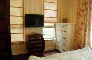 美式风格别墅卧室衣柜设计图