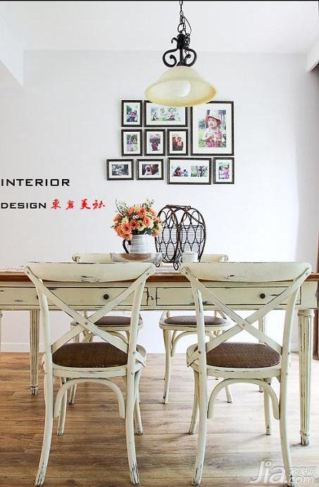 东南亚风格三居室简洁15 20万餐厅餐厅背景墙灯具效果图