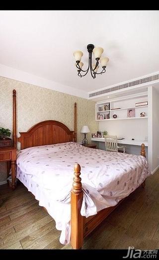 美式乡村风格三居室简洁10-15万130平米卧室卧室背景墙床效果图
