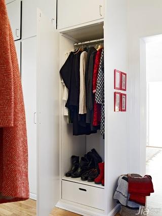 欧式风格公寓60平米衣帽间装修图片