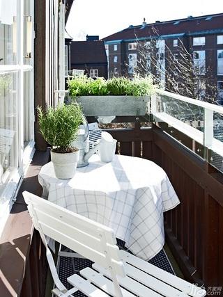 欧式风格小户型富裕型露台餐桌效果图