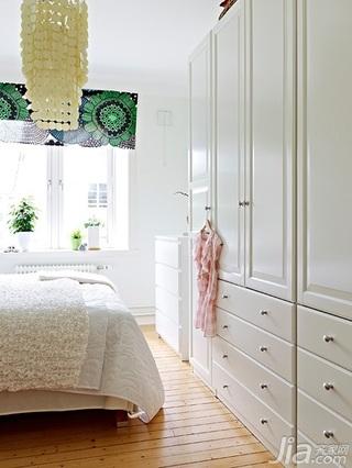 北欧风格公寓经济型50平米卧室衣柜设计图
