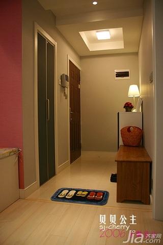 简约风格公寓门厅衣柜效果图