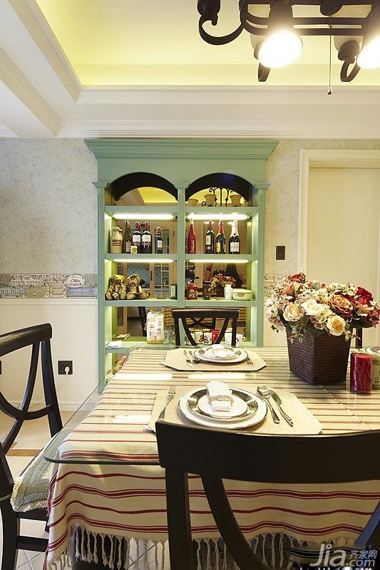美式风格公寓130平米餐厅橱柜效果图