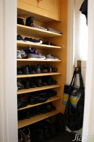 简约风格三居室经济型鞋柜效果图