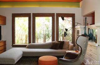 橙色调温暖设计 安然悠闲时尚生活