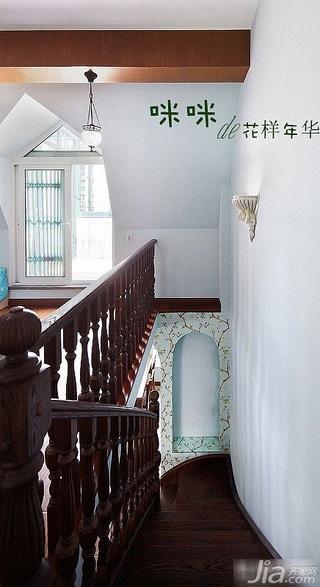 loft风格跃层富裕型140平米以上楼梯装修效果图