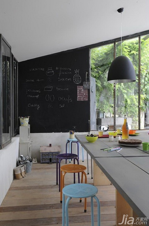 古樸自然又時尚 法國風情歐式風格的別墅設計