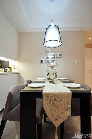 简欧风格二居室简洁富裕型餐厅照片墙餐桌图片