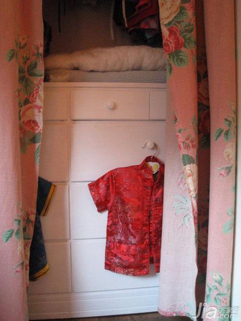 公寓衣柜安装图
