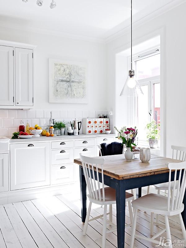宜家风格小户型经济型60平米餐桌海外家居