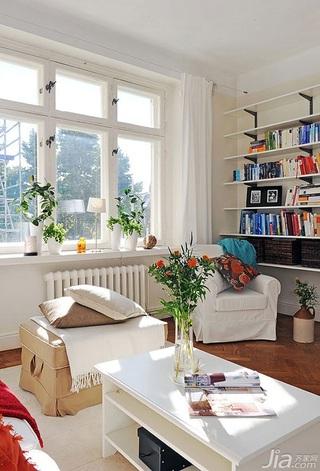 宜家风格二居室经济型客厅装潢