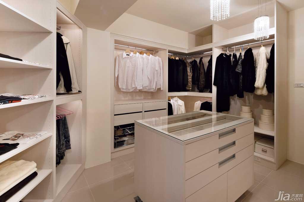 简约风格公寓富裕型130平米衣帽间衣柜台湾家居
