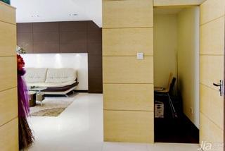 简约风格三居室富裕型储藏室装修效果图