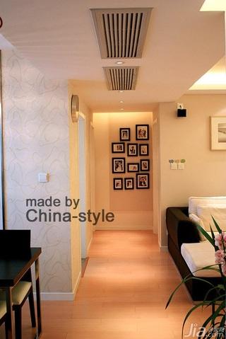 简约风格三居室富裕型100平米过道装修图片
