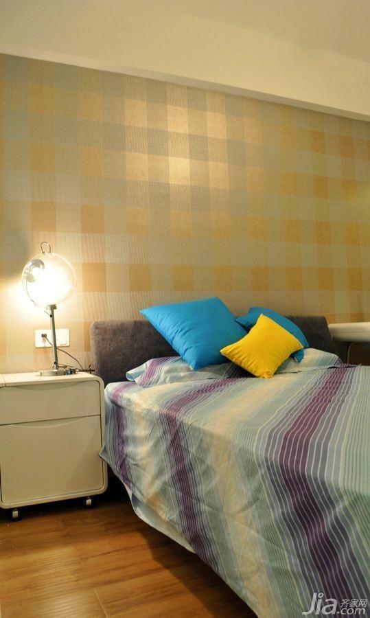 简约风格四房富裕型卧室卧室背景墙壁纸婚房家居图片