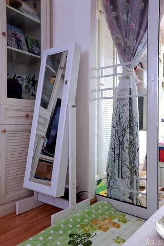 田园风格小户型经济型60平米客厅电视柜效果图