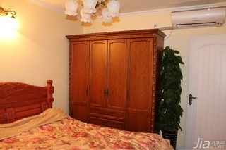 美式乡村风格二居室富裕型80平米卧室衣柜设计图
