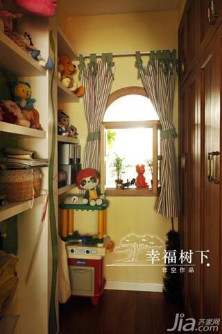 非空田园风格三居室10-15万120平米储藏室衣柜设计