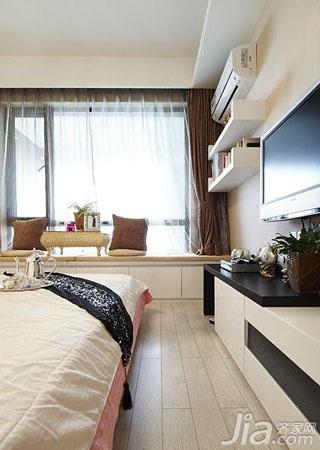 简约风格二居室富裕型70平米卧室飘窗效果图