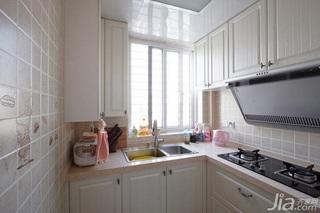 简约风格复式白色富裕型厨房婚房家装图片