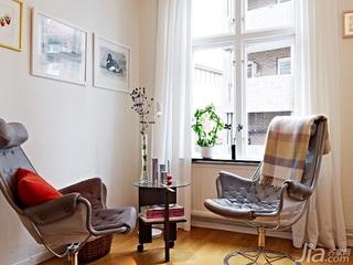 北欧风格小户型白色40平米窗帘效果图