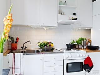北欧风格小户型白色40平米厨房橱柜图片