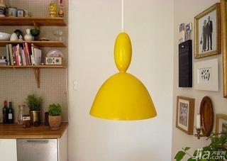 简约风格公寓灯具效果图