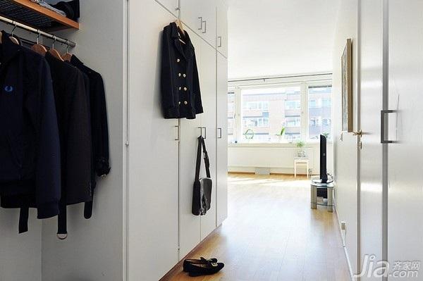 北欧风格小户型简洁白色40平米玄关过道衣柜定制