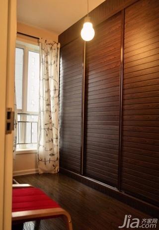 简约风格三居室130平米衣柜婚房家装图