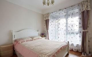 简约风格二居室90平米卧室窗帘效果图