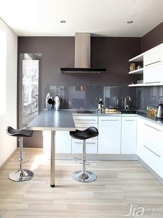 简约风格一居室大气白色餐厅橱柜安装图