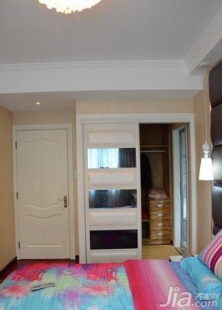 简约风格三居室富裕型衣柜设计