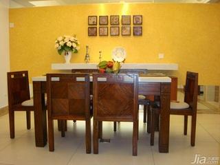 中式风格四房黄色140平米以上餐厅餐厅背景墙餐桌效果图