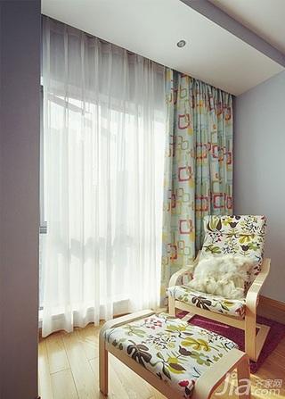 简约风格三居室15-20万阳台窗帘效果图