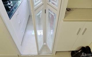 简约风格小户型40平米厨房玄关柜效果图