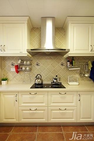 美式风格三居室简洁白色富裕型厨房橱柜效果图