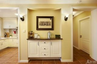 美式风格三居室简洁黄色富裕型玄关玄关柜效果图