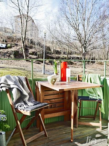 北欧风格小户型小清新原木色60平米阳台餐桌效果图