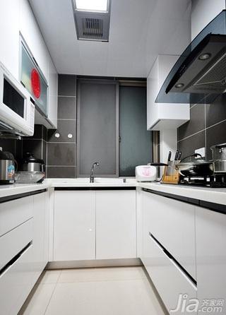 简约风格三居室富裕型厨房橱柜婚房家装图片